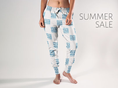 Twitter Ad - Front Shot of Girl Wearing Sweatpants in the Studio a15586