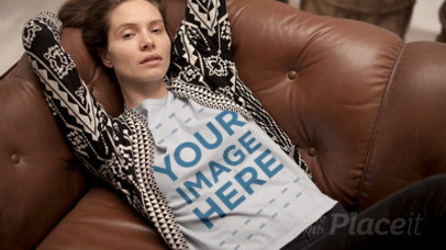 T-Shirt in Stop Motion of a Young Woman Relaxing on a Couch a13157