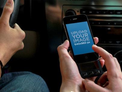 Listing Music iPhone 4 Car