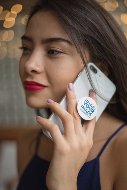 PopSocket Mockup Held By a Woman On The Phone 22148