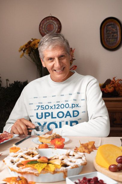 Sweatshirt Mockup Featuring a Senior Man at a Thanksgiving Dinner 29922