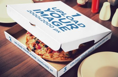 Mockup of a Customizable Pizza Box 1081-el