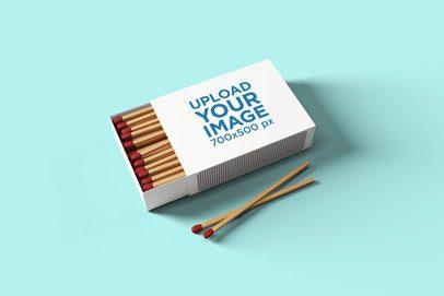 Matchbox Mockup with a Solid Color Background 1639-el