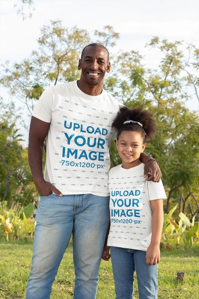 T-Shirt Mockup of a Dad and His Daughter Smiling 31388