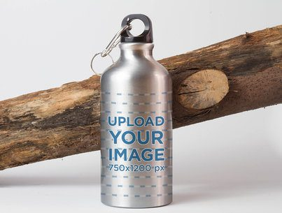 Mockup of an Aluminum Bottle Featuring a Log 3078-el1