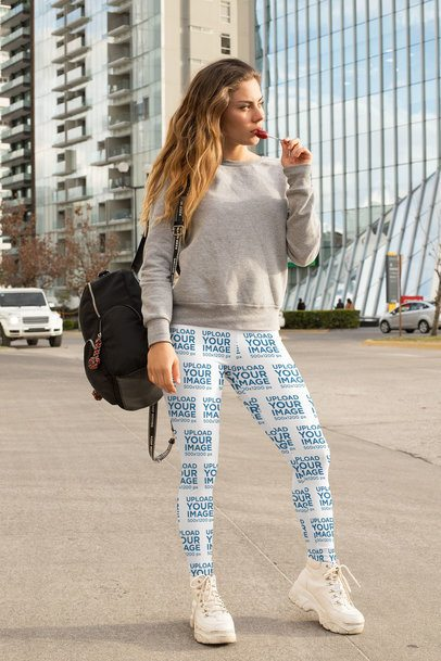 Leggings Mockup of a Woman in a Casual Style 32455