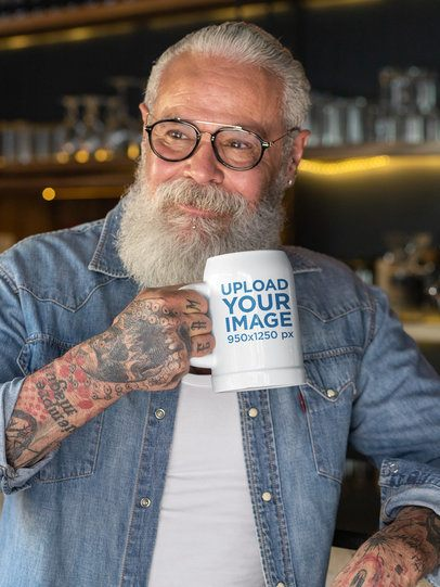 20 oz Beer Stein Mockup Featuring a Senior Man with Glasses 33451