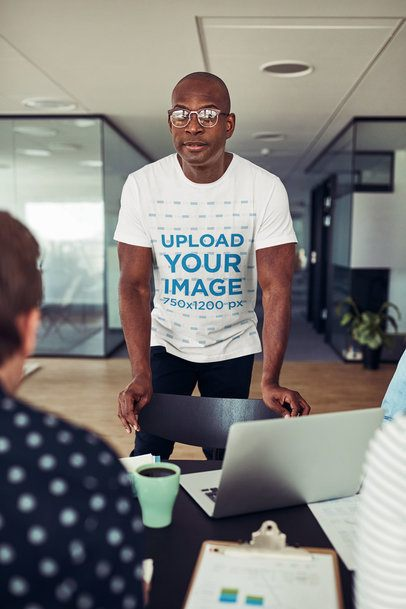 T-Shirt Mockup of a Man at an Office Meeting 34272-r-el2