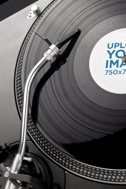 Vinyl Record Label Mockup Featuring a Disc on a Turntable 37200-r-el2