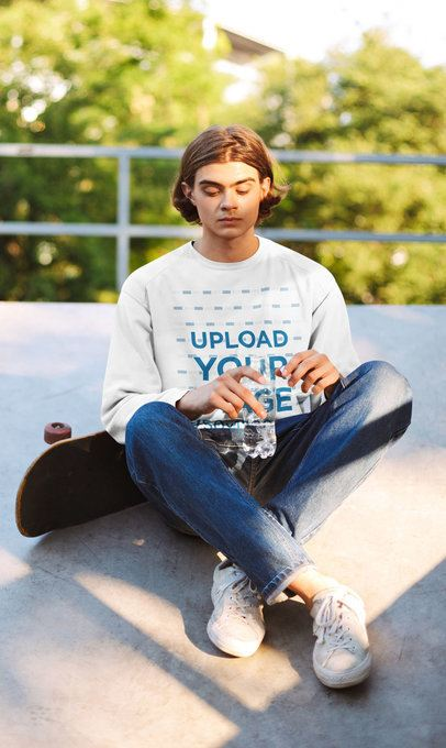 Crewneck Sweatshirt Mockup of a Young Man at a Skatepark 37901-r-el2