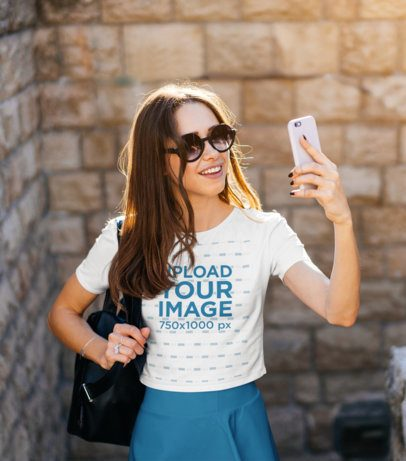 Crop Top Mockup of a Tourist Taking a Selfie 39123-r-el2
