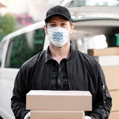 Mockup Featuring a Delivery Man Wearing a Face Mask 39919-r-el2