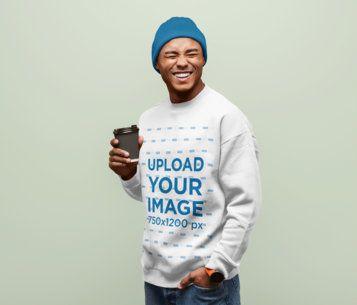 Sweatshirt Mockup Featuring a Man Laughing in a Studio 40565-r-el2