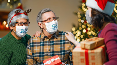 Mockup of a Senior Couple Wearing Face Masks on Christmas Day 44588-r-el2