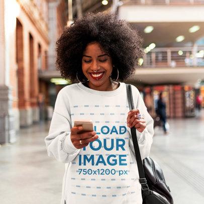 Oversized Sweatshirt Mockup of a Woman Texting 44678-r-el2