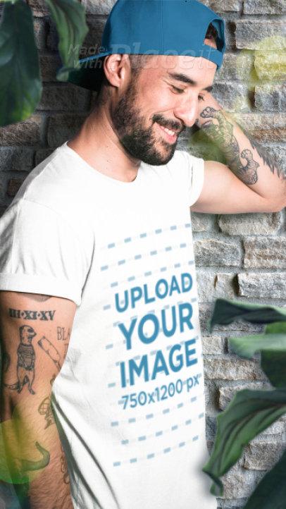 Parallax Video of a Tattooed Man Wearing a T-Shirt 2514